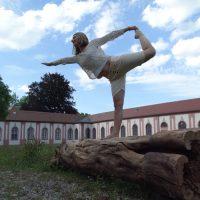 Julia-Steber-triyoga-Yoga-Wellness-fußrefelx-massage-memmingen-krugzell-ueber-mich-liva-full-complete-mantra-door-of-my-heart