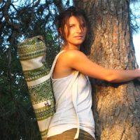 Julia-Steber-triyoga-Yoga-Wellness-fußrefelx-massage-memmingen-krugzell-ueber-mich-mantra